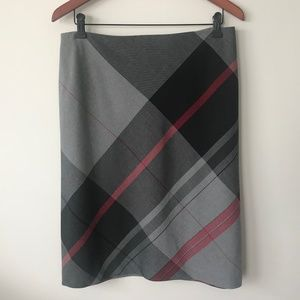 Laura Lightweight Plaid Skirt
